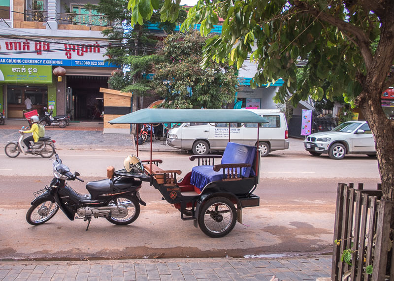 Siem Reap Travel Blog - tuk tuk motorcycle