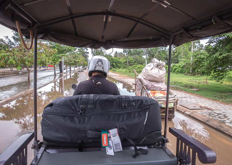 Siem Reap Travel Blog - tuk tuk on flooded streets