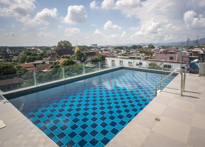 chiang mai trip blog - rooftop pool apartment