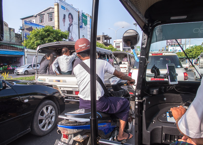 Mandalay travel blog - crazy mandalay traffic cars