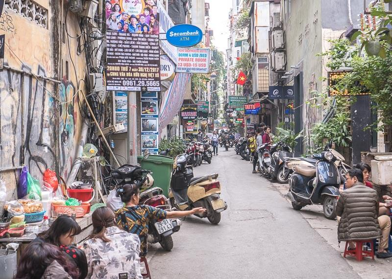 Hanoi travel blog - side street