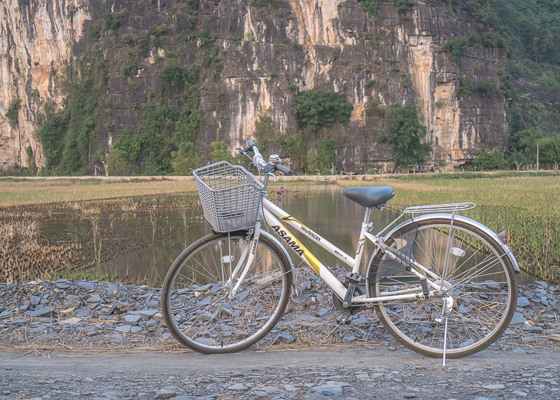 ninh binh travel blog - biking around ninh binh