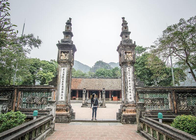Ninh Binh travel blog - hoa lu