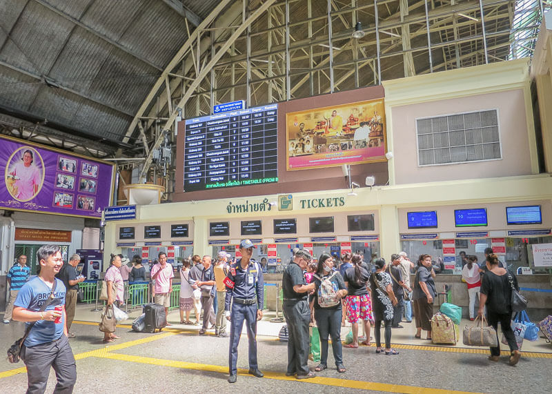 This Is What The Bangkok Train Station Looks Like (aka Hua Lamphong Station) | There are tons of things to do in Krabi and Bangkok. If you're trying to plan how to get from one place to the next during your vacation or honeymoon, you will want to read this post on your travel options in Thailand and what Thailand train travel looks like! Beach travel #travel #nomad #lifestyle #destinations #thailand #krabi #phuket #slowtravel #wanderlust
