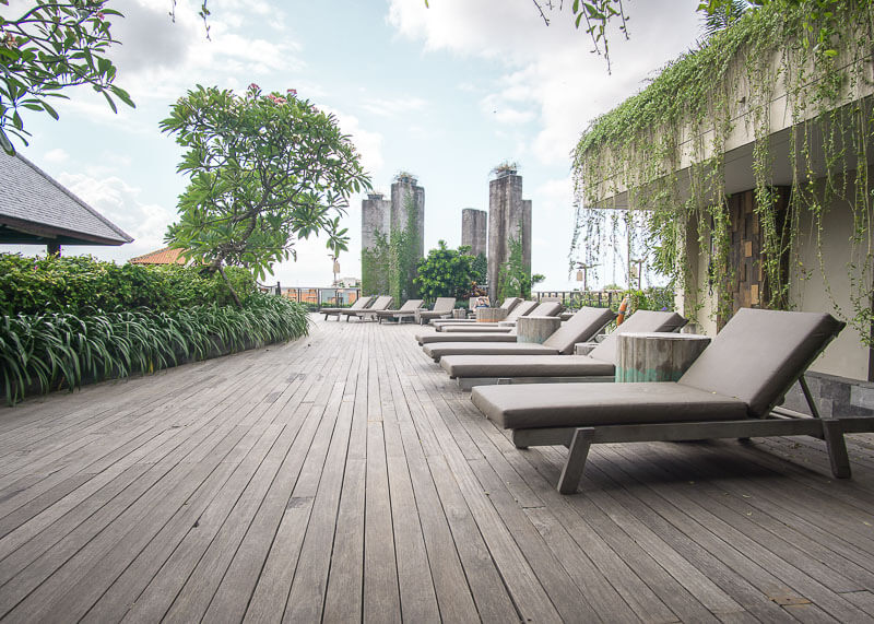four points by Sheraton bali kuta rooftop lounge chairs