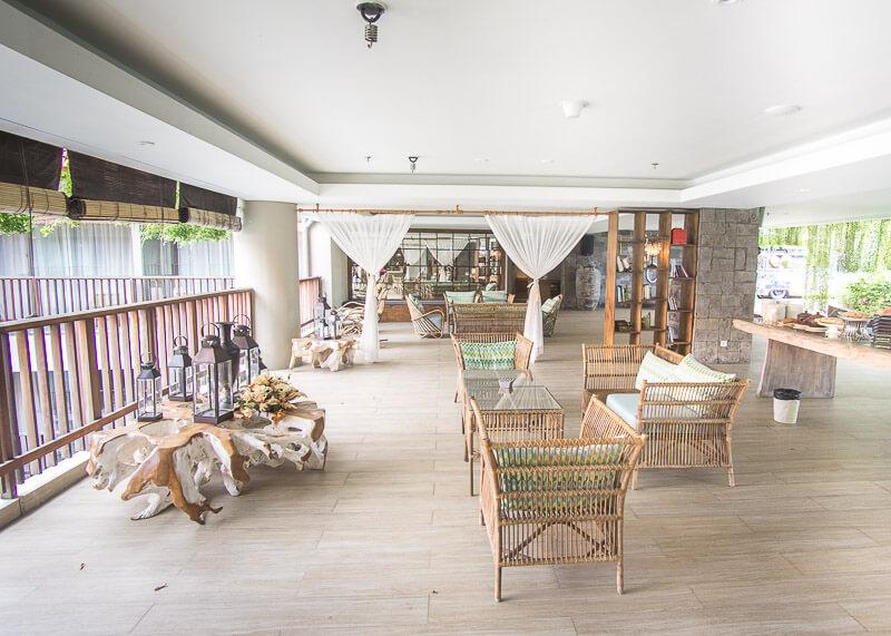 four points by Sheraton bali kuta lounge
